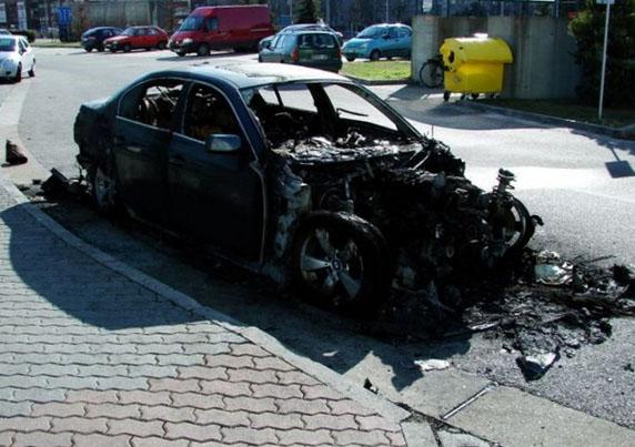 короткое замыкание сгорел автомобиль