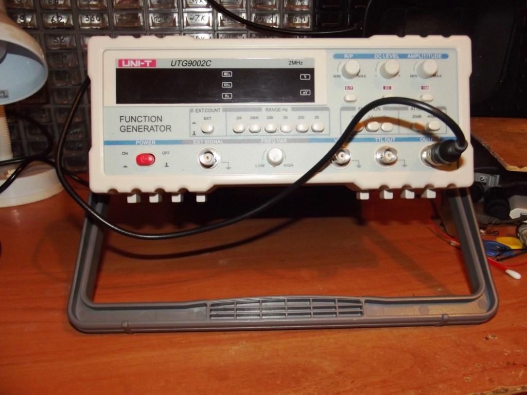 генератор частот UNIT