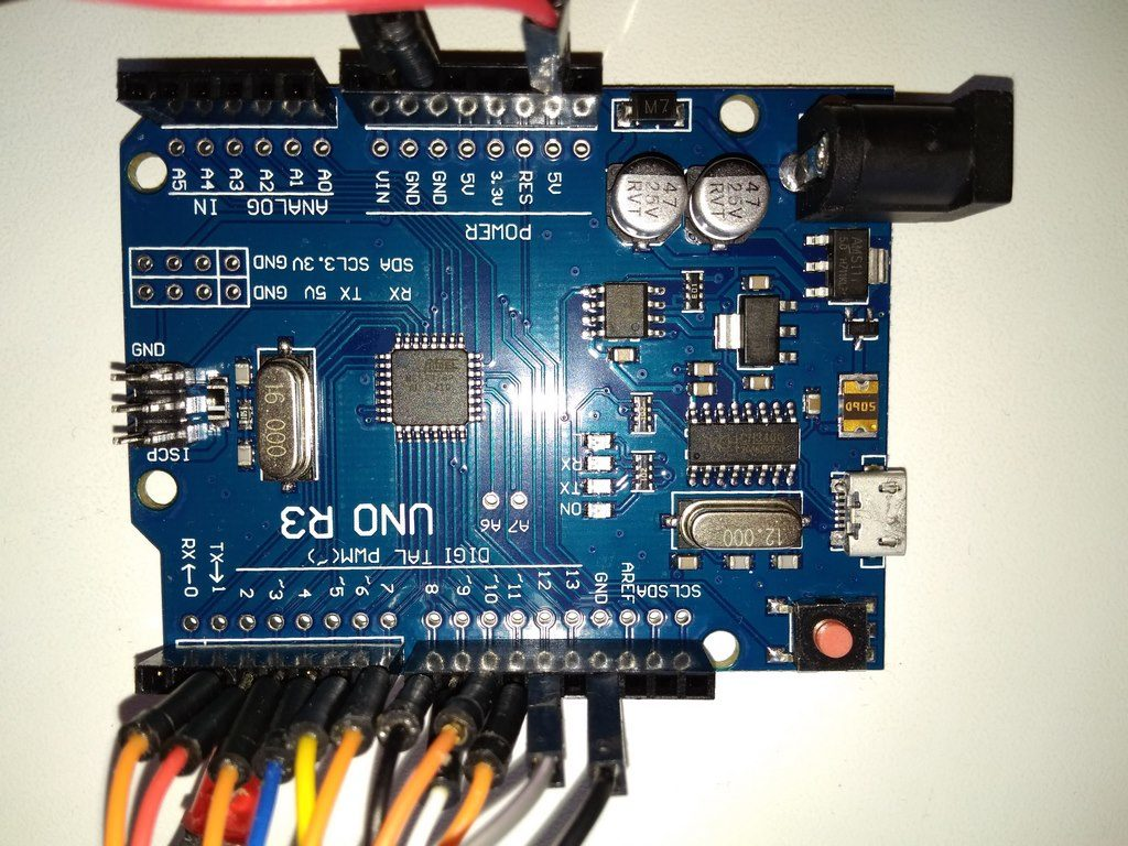 Кодовый замок на Arduino