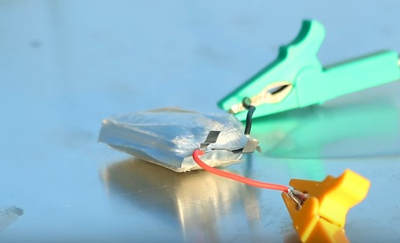 вспученный литий-полимерный аккумулятор