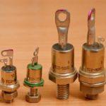 Тиристор — принцип работы, параметры, схемы